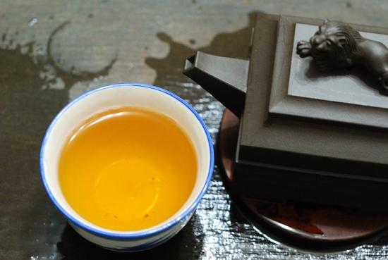 孫義順六安茶-山泉茶廠-茶湯